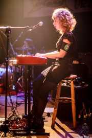 Rakel Canales -voz y teclado- y Urko Roa -batería- y de The Dirty Pink Ladies, Plateruena Antzokia, Durango. 2010
