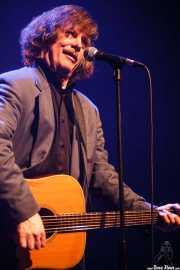 Roy Loney, cantante yguitarrista de Roy Loney & Señor No (Plateruena Antzokia, Durango, 2010)