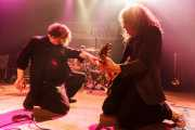 Roy Loney -voz y guitarra- y Xabi Garre -guitarrista- de Roy Loney & Señor No (Plateruena Antzokia, Durango, 2010)