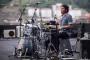 Natxo Beltrán, baterista de Atom Rhumba (The Yard, Bilbao, 2010)