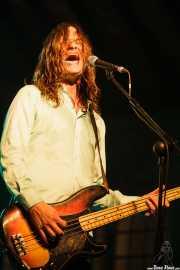 Steven McDonald, bajista y cantante de Redd Kross, Turborock, Sarón. 2010