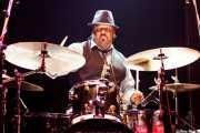Derrek Phillips, baterista de Mike Farris & the Roseland Rhythm Revue, Kafe Antzokia, Bilbao. 2010
