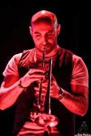 Ibon San Vicente, trompetista de Mamba Beat, Kafe Antzokia, Bilbao. 2011