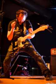 Juanjo Arias, guitarrista de Sonic Trash, Santana 27, Bilbao. 2011