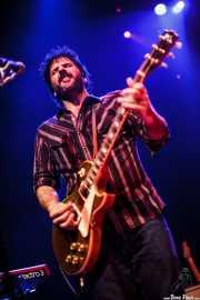 Pit Idoyaga, guitarrista de The Fakeband, Bilbao. 2011