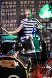"Alfredo ""El Roto"", baterista de Mutagénicos (Biribay Jazz Club, Logroño, 2011)"