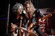 """Joseba B. Lenoir -guitarrista- e Iñigo Azazeta """"Anti"""" -guitarrista- de Sumisión City Blues, Sala Edaska, Barakaldo. 2011"""