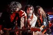 "Iñigo Azazeta ""Anti"" -guitarrista-, Iñaki Urbizu ""Pela"" -cantante- y Joseba B. Lenoir -guitarrista- de Sumisión City Blues, Sala Edaska, Barakaldo. 2011"