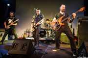Juanjo Arias -guitarra-, David Hono -voz y guitarra-, Mariana Pérez Abendaño -batería- y Lander Moya -bajo- de Sonic Trash, Sala Cúpula (Teatro Campos Elíseos), Bilbao. 2011