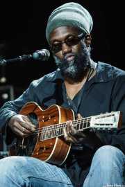 Corey Harris, cantante y guitarrista (Getxo & Blues - Pza. Biotz alai, Getxo, 2011)