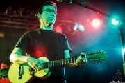Louie Pérez, guitarrista, baterista y jarana huasteca de Los Lobos, Sala Rockstar, Barakaldo. 2011
