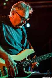 Cesar Rosas, bajista de Los Lobos, Sala Rockstar, Barakaldo. 2011