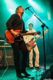 """Eddie """"King"""" Roeser -guitarray voz- y Mike """"Hadji"""" Hodgkiss, -bajo- de Urge Overkill (Escenario Santander, Santander, 2011)"""