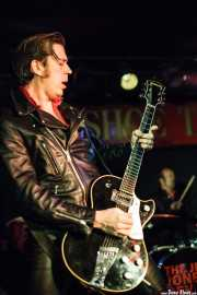 Rupert Orton -guitarra- y Nick Jones -batería- de The Jim Jones Revue (The Horseshoe Tavern, Toronto, 2011)