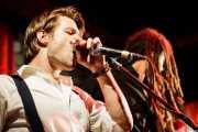 Greg Hommert -armónica- y David Supica -bajo- de The Delta Saints, El Balcón de la Lola, Bilbao. 2011