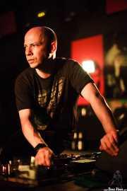 Stuart Braithwaite, guitarrista de Mogwai, Kafe Antzokia, 2011