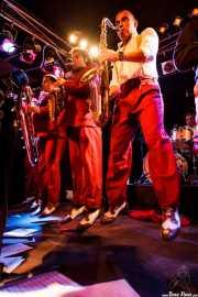 "Cesc Miró -trompetista-, Pere Miró -saxofonista-, Ignasi Poch -saxofonista- y ""Big"" Dani Pérez -saxofonista- de The Big Jamboree, Jimmy Jazz Gasteiz. 2012"