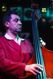 Juan Ramón Vega, contabajista de The Big Jamboree, Jimmy Jazz Gasteiz. 2012