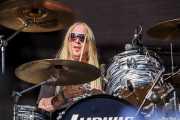 Niklas Matsson, baterista de Pontus Snibb 3, Azkena Rock Festival, 2012