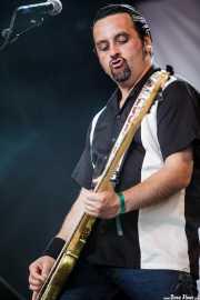 Derek Brown, bajista de Gun, Azkena Rock Festival, 2012