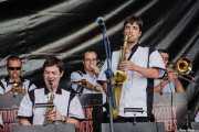 Sección de vientos de The Travelling Brothers Big Band, Donostiako Jazzaldia - Zurriola, Donostia / San Sebastián. 2012