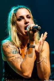 Tania de Sousa, cantante de Zuloak, Kafe Antzokia, 2012
