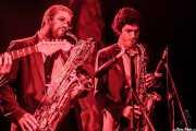 Nicolás Rodriguez-Jauregui y Marc Lloret, saxofonistas de The Excitements, Funtastic Dracula Carnival, 2012