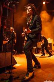 Jim Jones -voz y guitarra- y Rupert Orton -guitarra- de The Jim Jones Revue (Kafe Antzokia, Bilbao, 2012)