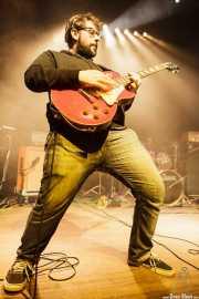 Víctor García-Tapia, guitarrista de Toundra, Kafe Antzokia, Bilbao. 2013