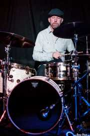 Stephen Pitkin, baterista de Elliott Brood, Sala Azkena, 2013