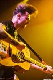 Matt Horan, guitarrista y cantante de Dead Bronco, Kafe Antzokia. 2013