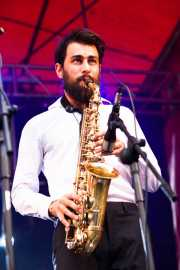 Jerome Bartolomé -saxofonista- de The Buttshakers, Andoaingo Rock Jaialdia. 2013