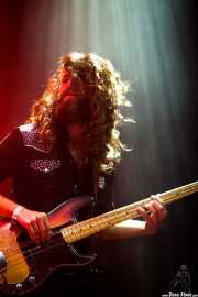 Ryan Gullen, bajista de The Sheepdogs, Azkena Rock Festival, Vitoria-Gasteiz. 2013