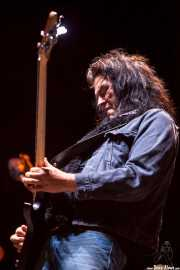 Jorgen Carlsson, bajista de Gov't Mule (Azkena Rock Festival, Vitoria-Gasteiz, 2013)