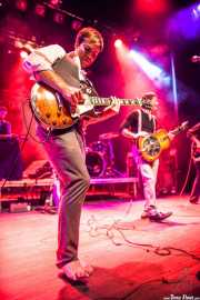 Nate Kremer -teclado- Dylan Fitch -guitarra-, y Ben Ringel -voz y guitarra- de The Delta Saints, Kafe Antzokia, Bilbao. 2013