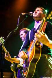 Ben Ringel -voz y guitarra- y Dylan Fitch -guitarra- de The Delta Saints, Kafe Antzokia, Bilbao. 2013
