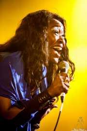 Mary Griffin, cantante de George Clinton's Parliament Funkadelic, Stade Aguiléra. 2013