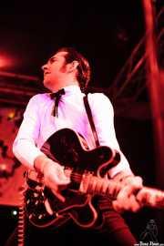 Alberto Zioli, guitarrista y cantante de MFC Chicken, Funtastic Dracula Carnival, Benidorm. 2013