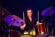 Inaxio Agara, baterista de Sexty Sexers, Kafe Antzokia, Bilbao. 2013