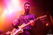 Jon Aguirrezabalaga, guitarrista de We are standard, Kafe Antzokia, Bilbao. 2014