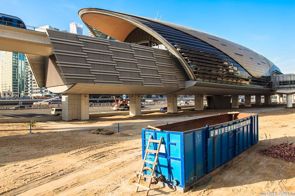 Estación de metro de Dubai Marina 016 Vacaciones Marzo 2014 Emiratos Arabes Unidos Dubai