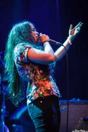 Ana Pérez, cantante y guitarrista de Educados, Bilborock