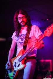 Miguel Moral, bajista de The Magic Teapot, Santana 27, 2014