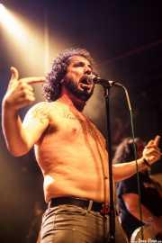 "Manu ""Gallego"", cantante de Porco Bravo, Kafe Antzokia, 2014"