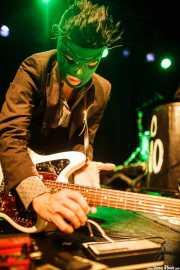 Pedro de Dios, guitarrista de Pelo Mono, Intxaurrondo K.E., 2014