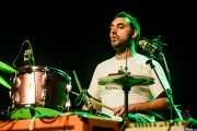 "Francisco Larrea ""Larry"", baterista de Conn Bux, Kafe Antzokia, 2014"
