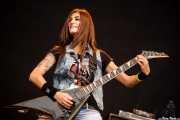 Cynthia Chavarri, guitarrista de 13 Left to die, Azkena Rock Festival, 2014