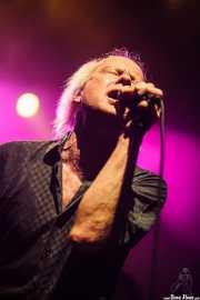 Rob Younger, cantante de The New Christs, Kafe Antzokia, 2014