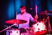 Kendall Newby, baterista de Moreland & Arbuckle, Kafe Antzokia, Bilbao. 2014