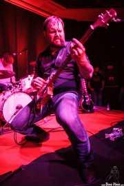 Aaron Moreland -guitarrista- y Kendall Newby -baterista-, de Moreland & Arbuckle, Kafe Antzokia, Bilbao. 2014